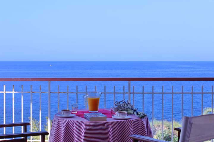 Seaside apartment, breathtaking view! - Epanomi - Apartment