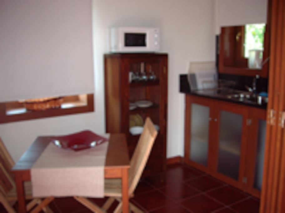 Sala e kitchenet | Dining room and kitchenet