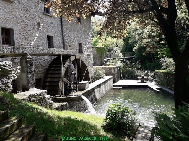 Stanza Incantata al Mulino Valsecchi del 1369