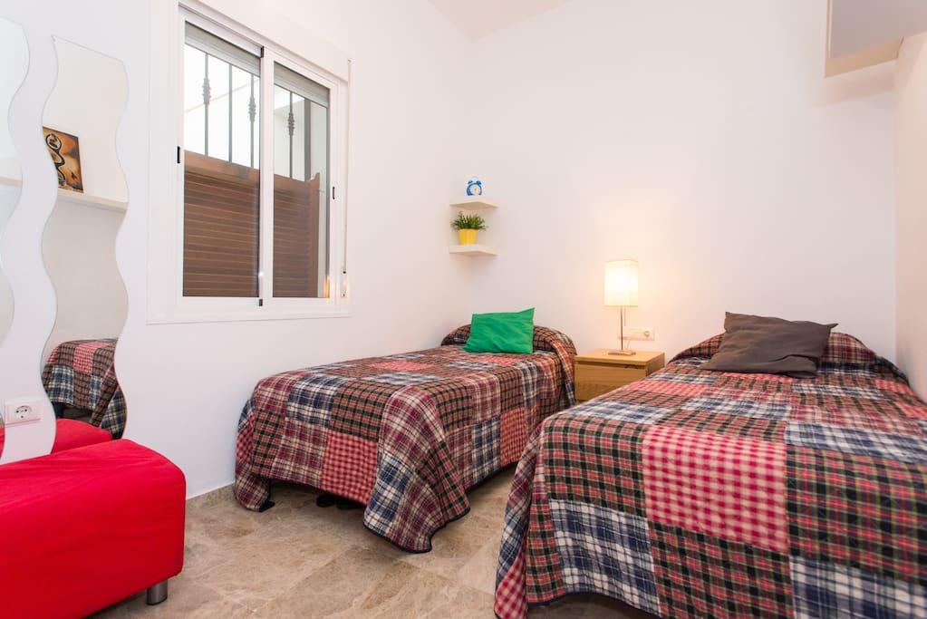 Twin room/ habitación dos camas!