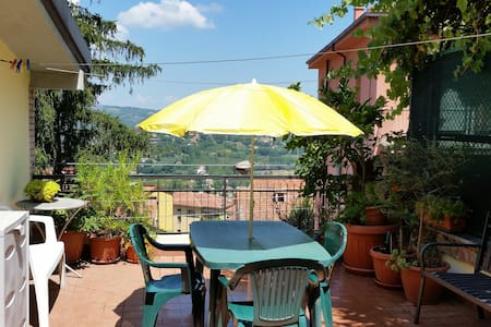 Bright flat with terrace - Perugia - Apartment