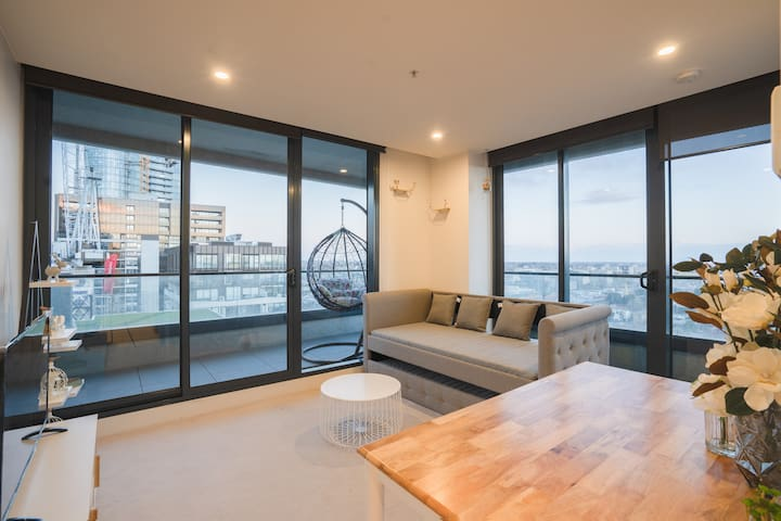 Relax in Luxury 2BR APT in South Yarra