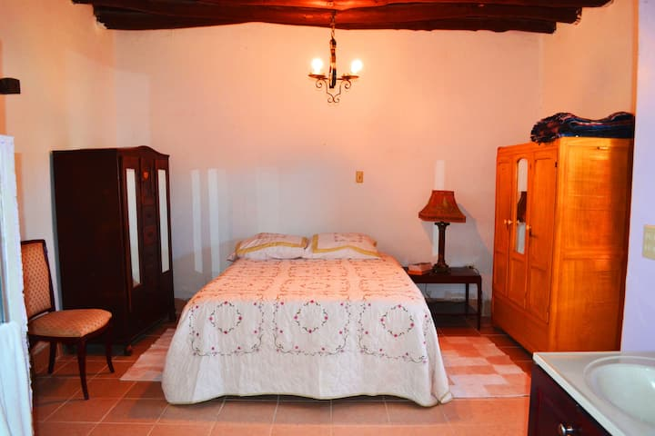La Baeza Casita/ lodging nearest B B State park