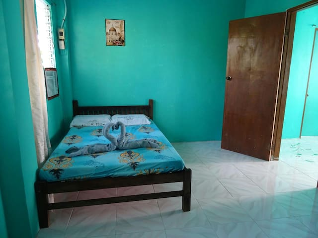 MDS House big double room 2 (aircon)