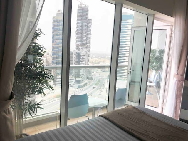 Dubai Downtown home , 5 min walk to Burj Khalifa
