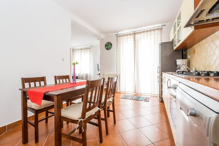 Fully equipped kitchen with dishwasher, microwave,oven, stove, fridge, freezer, blander, toaster etc...