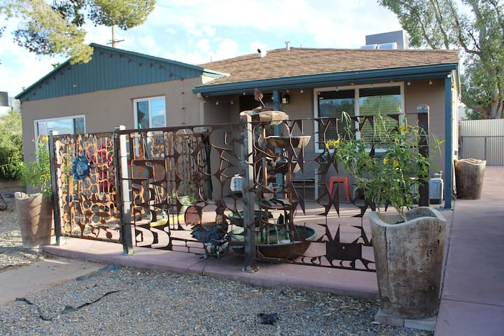 Rustic 3 Bedroom Home Houses For Rent In Tucson Arizona United States