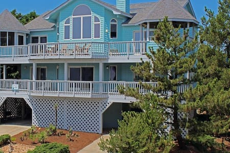 $700 OFF: Oceanfront view:3 Pools;Spa;Whirlpools