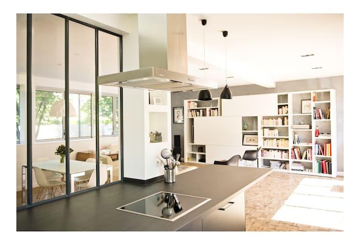 Spacious loft 4 bedrooms & terrace - Paris - Loft
