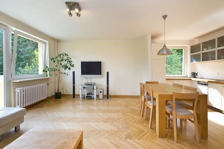 Quiet bright & cosy Sopot Apartment - Apartment