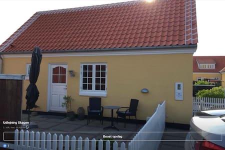 Dejlig 1-Værelses lejlighed midt i Skagen. Lejl.2