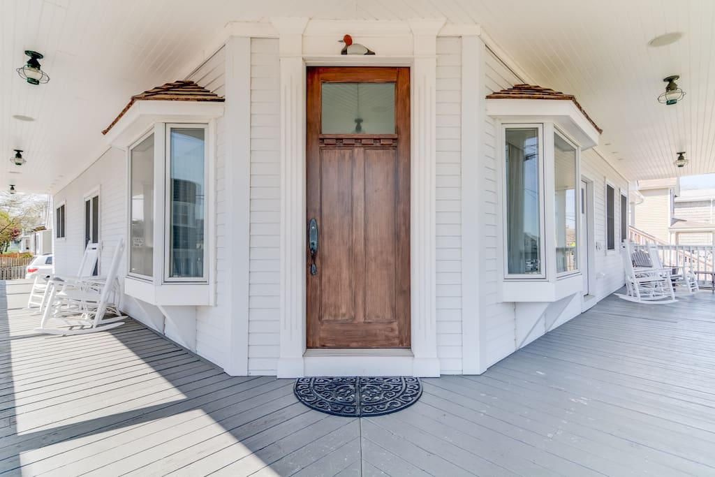 Wrap Around Porch and 3 Porches all with Water Views
