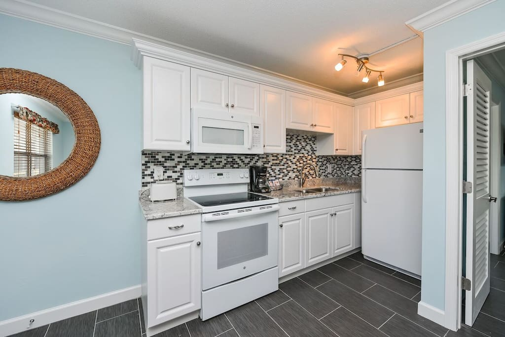 1 Bedroom Condo Steps From The Sand Gulf Holiday Condominiums For Rent In Siesta Key Florida