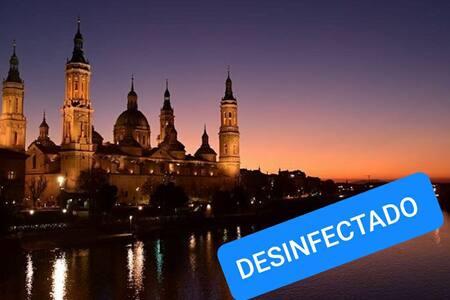 Habitación en el centro de Zaragoza