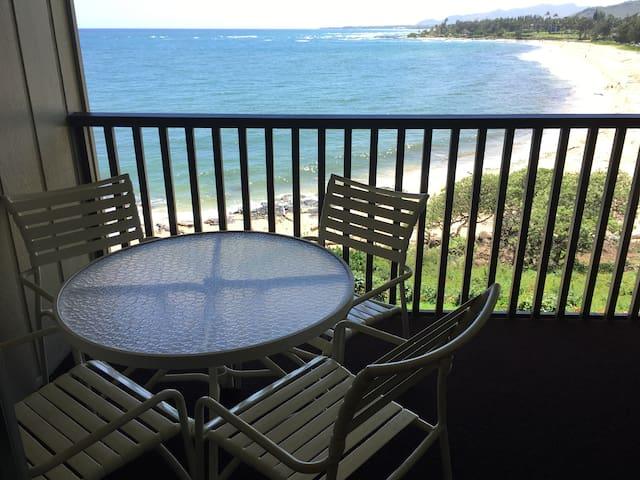 Wailua Bay View #307- 1BR Oceanfront Condo!