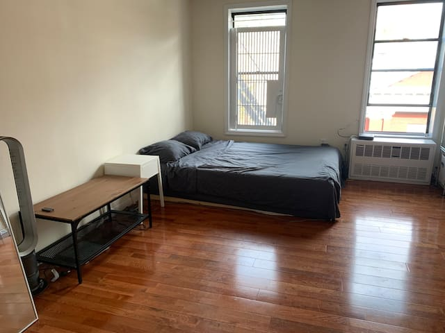GREAT location Studio in East Village