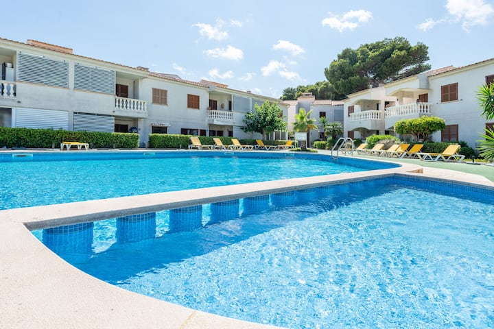 CAN NOGUERAS - Cosy apartment in residential complex with shared pool near the beach Free WiFi