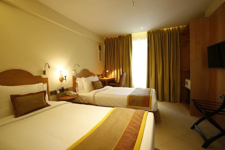 Deluxe Room in Hotel Aureole, Andheri East