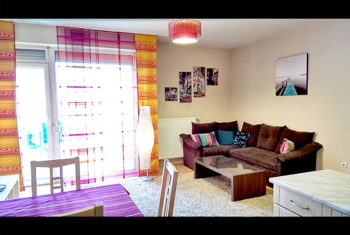 Central Ring Apartment-full NEW free parking - Budapeşte