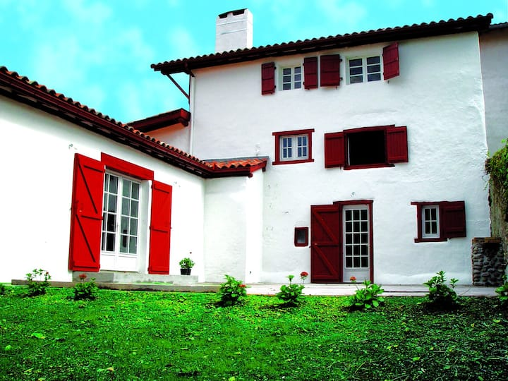 Maison Kayetenia