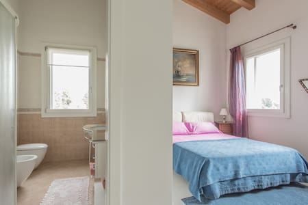 Charming ROOM  2pax WIFIfree 20 mins. to VENICE !