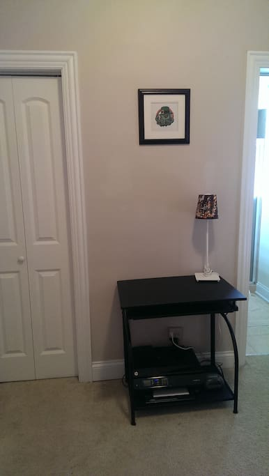 Desk and wireless printer for your use.