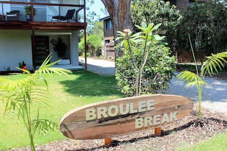 Broulee Break - Broulee