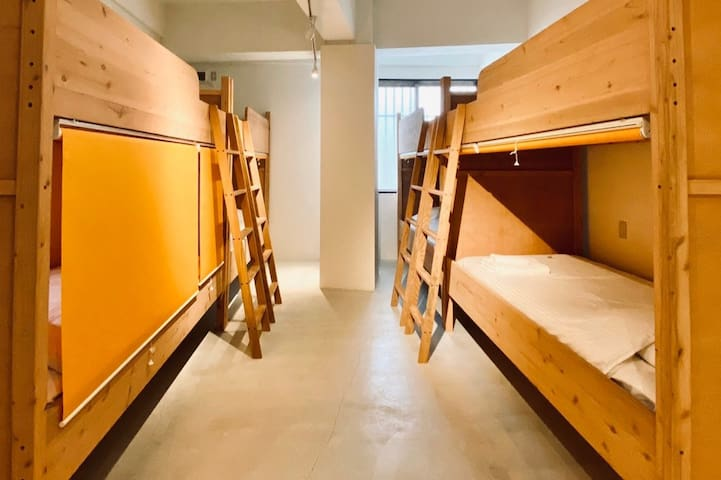 1Bed Space in a Shared Mixed Hotel Dorm-4Bunkbeds