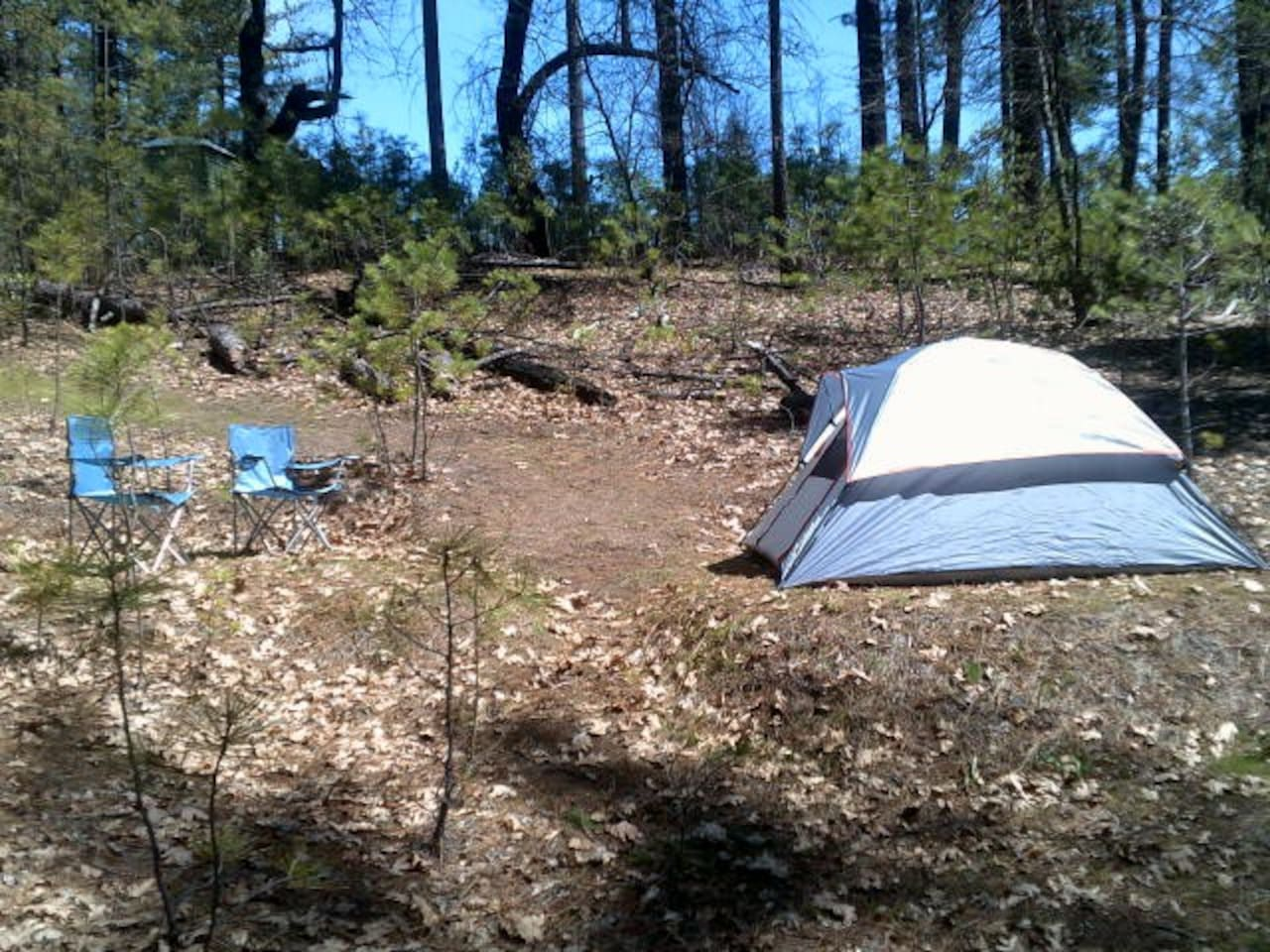 3 person tent is 7'x7' w/2 chairs