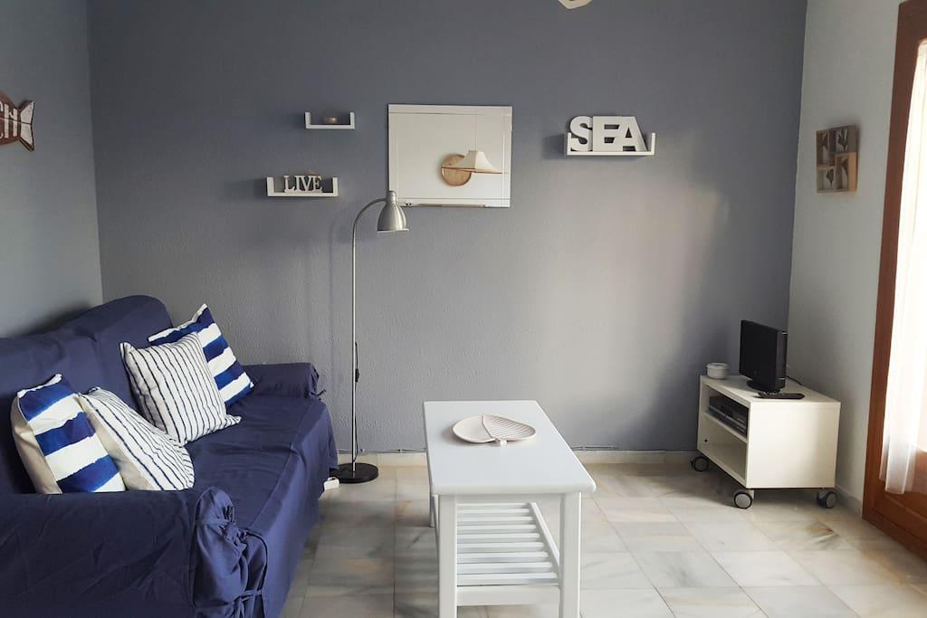 Zona de descanso con ventilador de techo