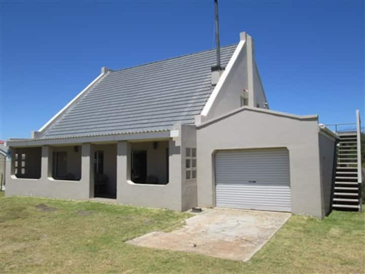 The Breakaway Cottage in Betty's Bay