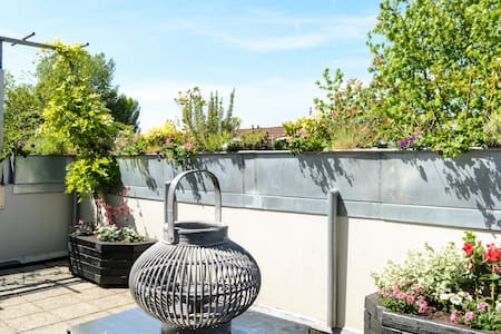 Clean appartment with roof terrace - Diemen - Leilighet