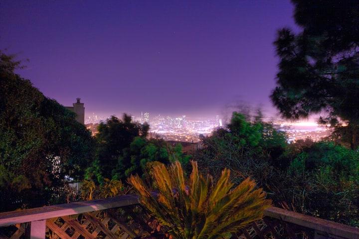 3 Bdrm City View Home w/Parking, deck,