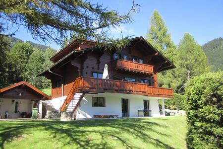 Luxury Chalet Melchior, Central Villars Sleeps 12