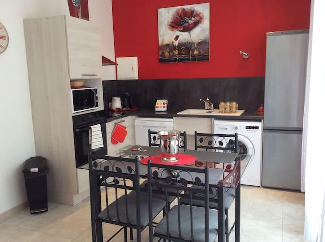 APPARTEMENT T2 NEUF   REZ DE CHAUSSÉE - Sainte-Colombe - Apartment