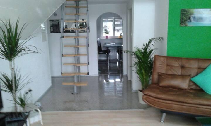Ferienwohnung- Balaro DG-Wohnung App II