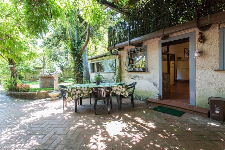 FLAMINIO, your country home in Rome - Rom - Haus