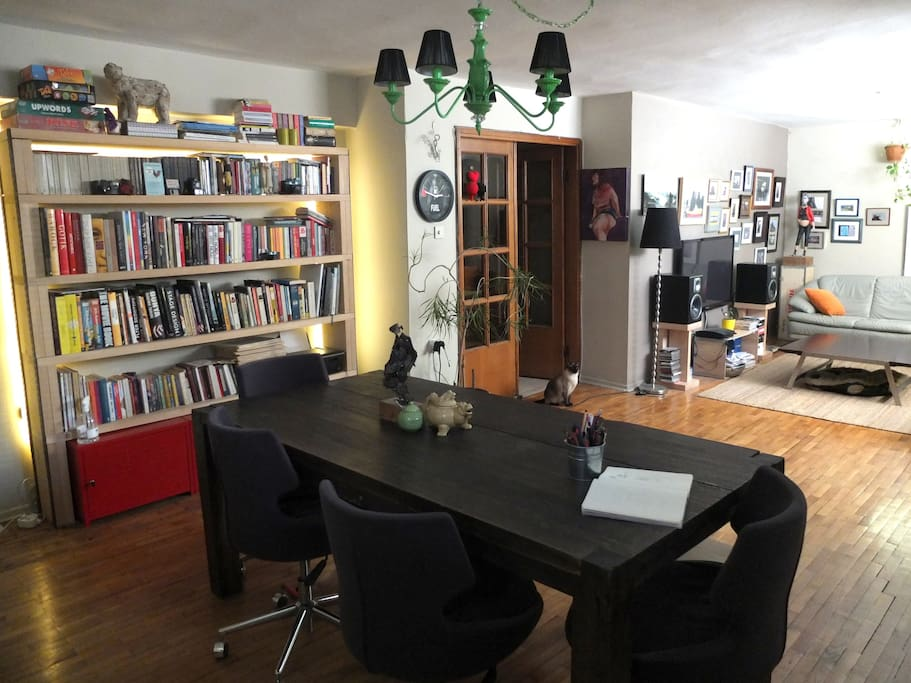 A funky house full of art in moda apartments for rent for Funky house artists