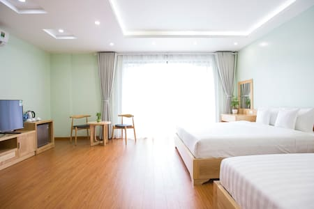 Happy Halong monbay hotel - luxurious room