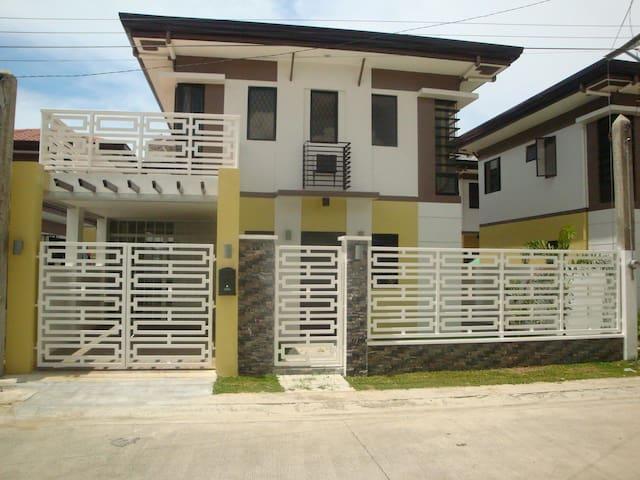 Fully Furnished Cozy Zen House in Minglanilla Cebu