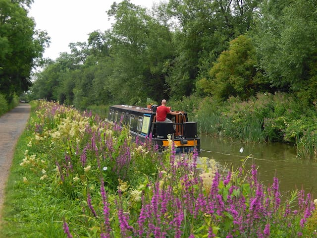 Float by Boat narrowboat retreat - Barby