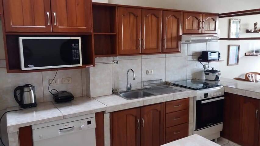 Leon del Prado, habitaciones, suites, departamento