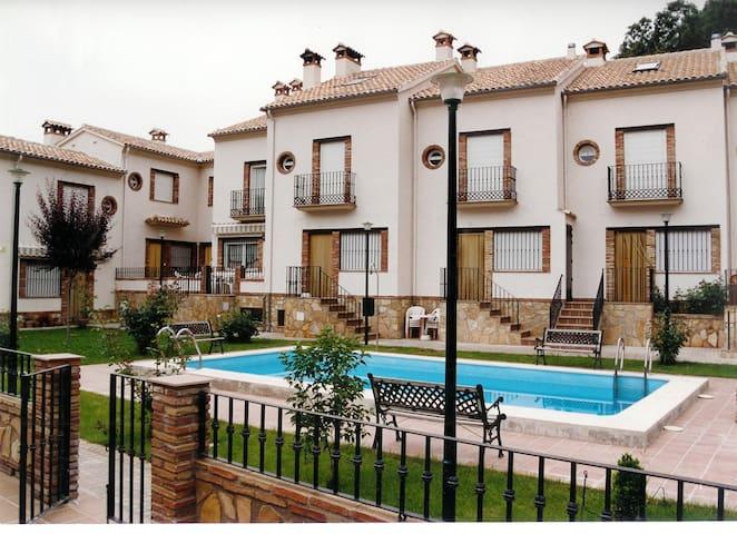 Casa en plena Sierra de Cazorla. - Cazorla - Hus
