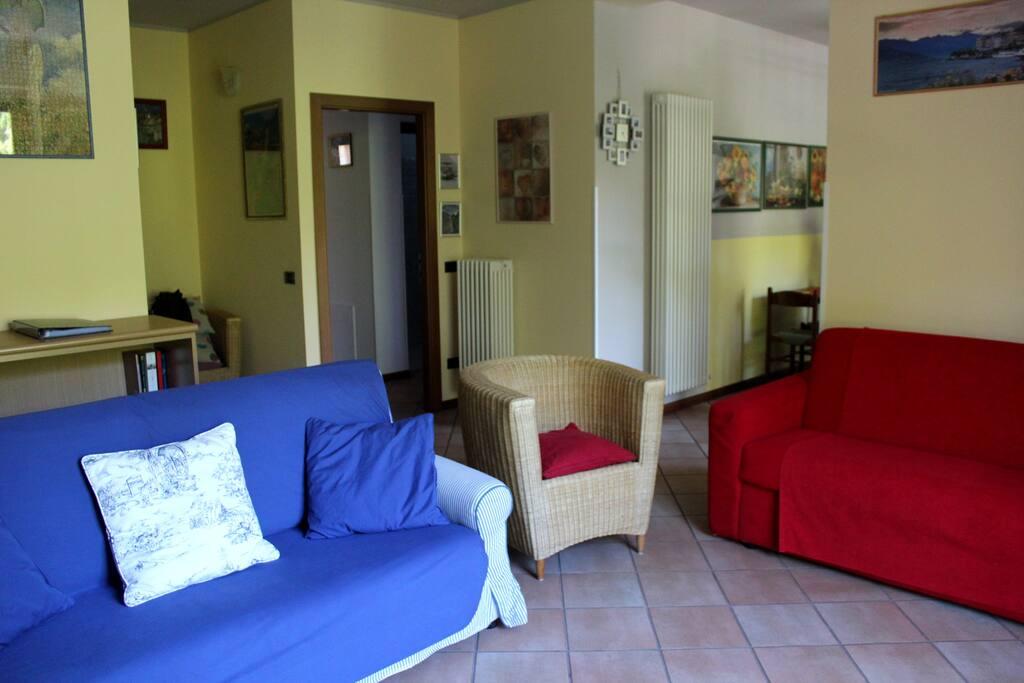 soggiorno 1 piano - livingroom 1st floor