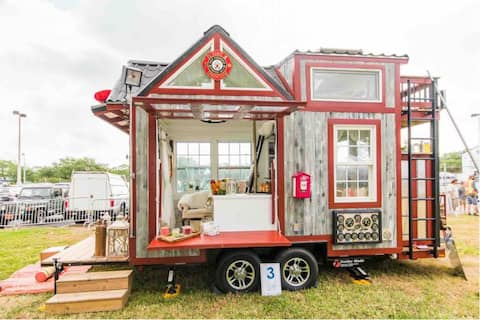 ❤️ Uniquely Romantic Firehouse Tiny House ❤️