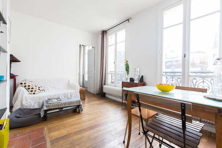 Charming flat, centre of Montmartre - Paris