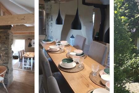Uriges Ferienhaus mit Garten & viel Platz - Eifel