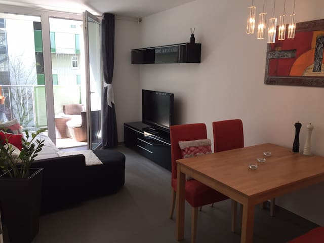 Central appartement including terrace and garage - Innsbruck - Apartament