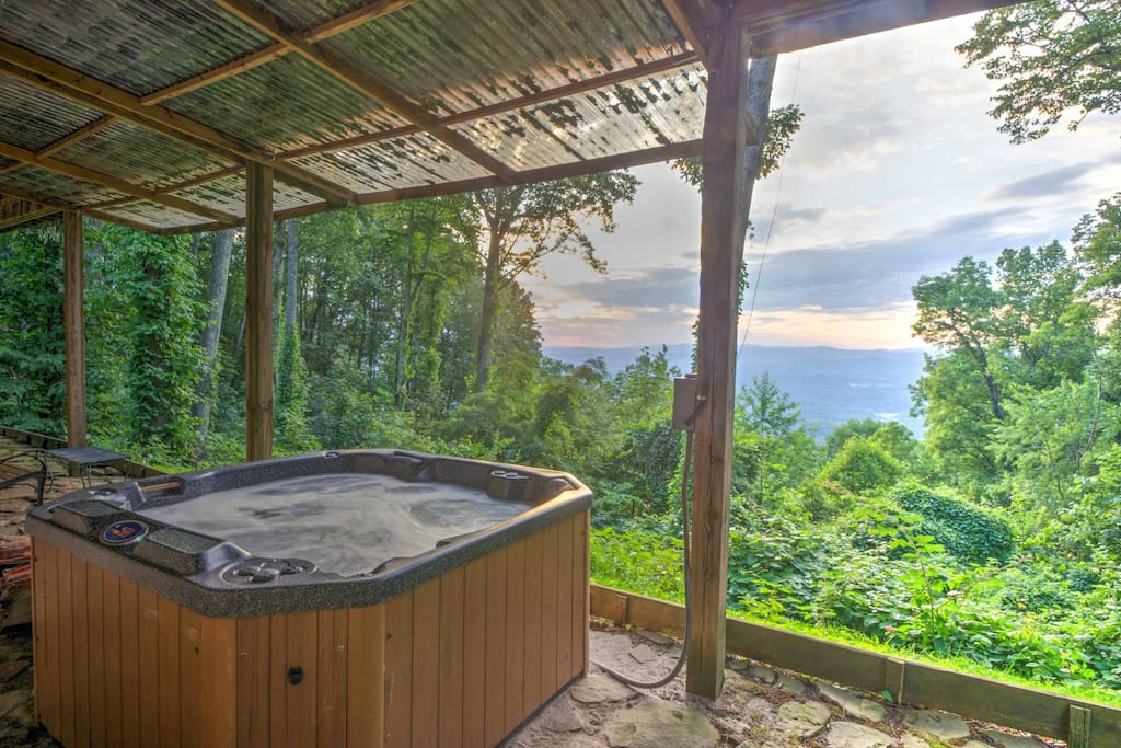 Enjoy views from the hot tub!