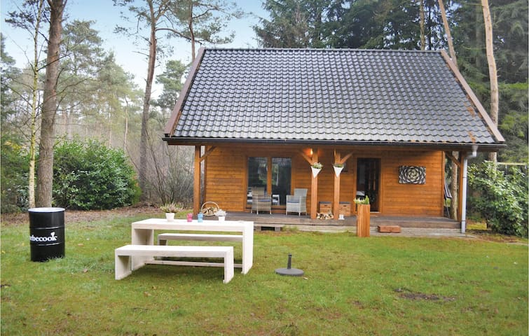 Holiday cottage with 3 bedrooms on 100 m² HGE152